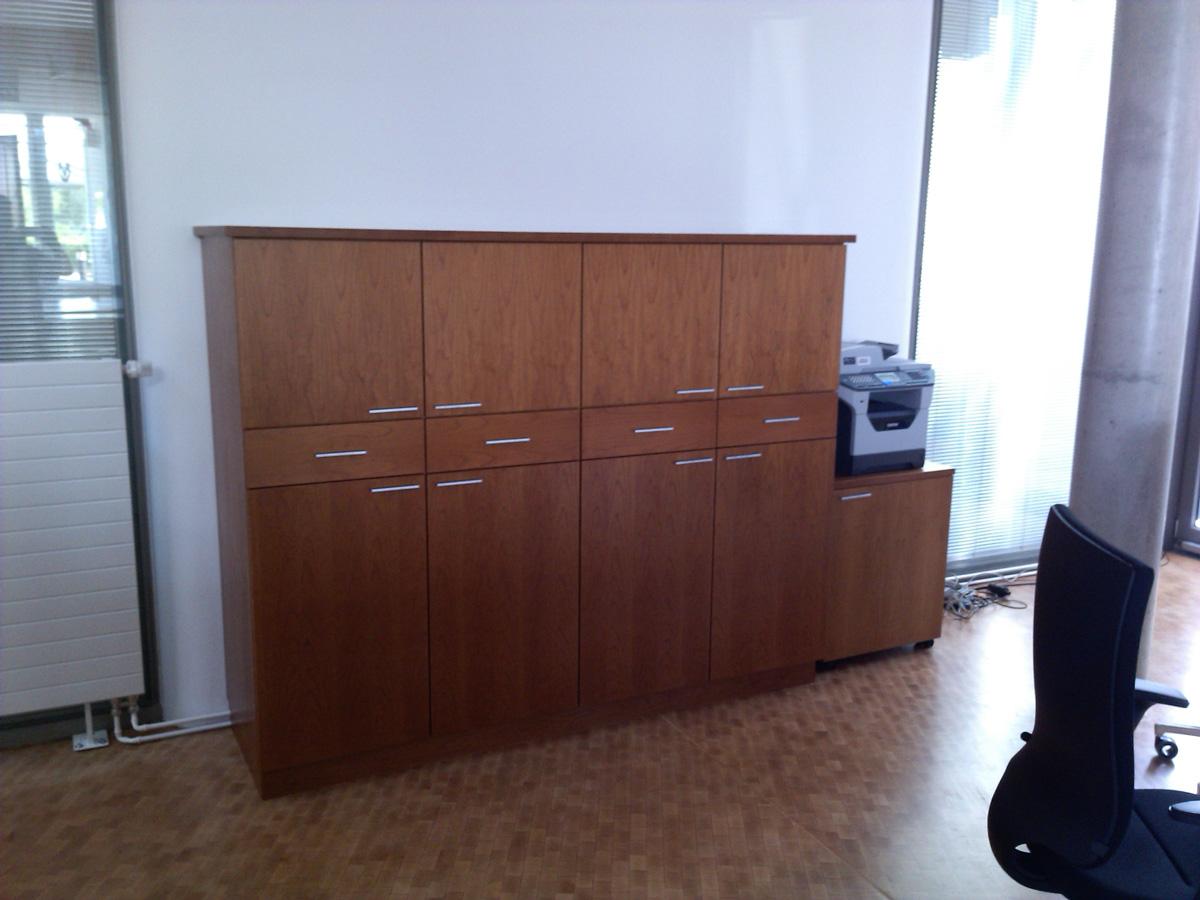 Küchenbau und Montage