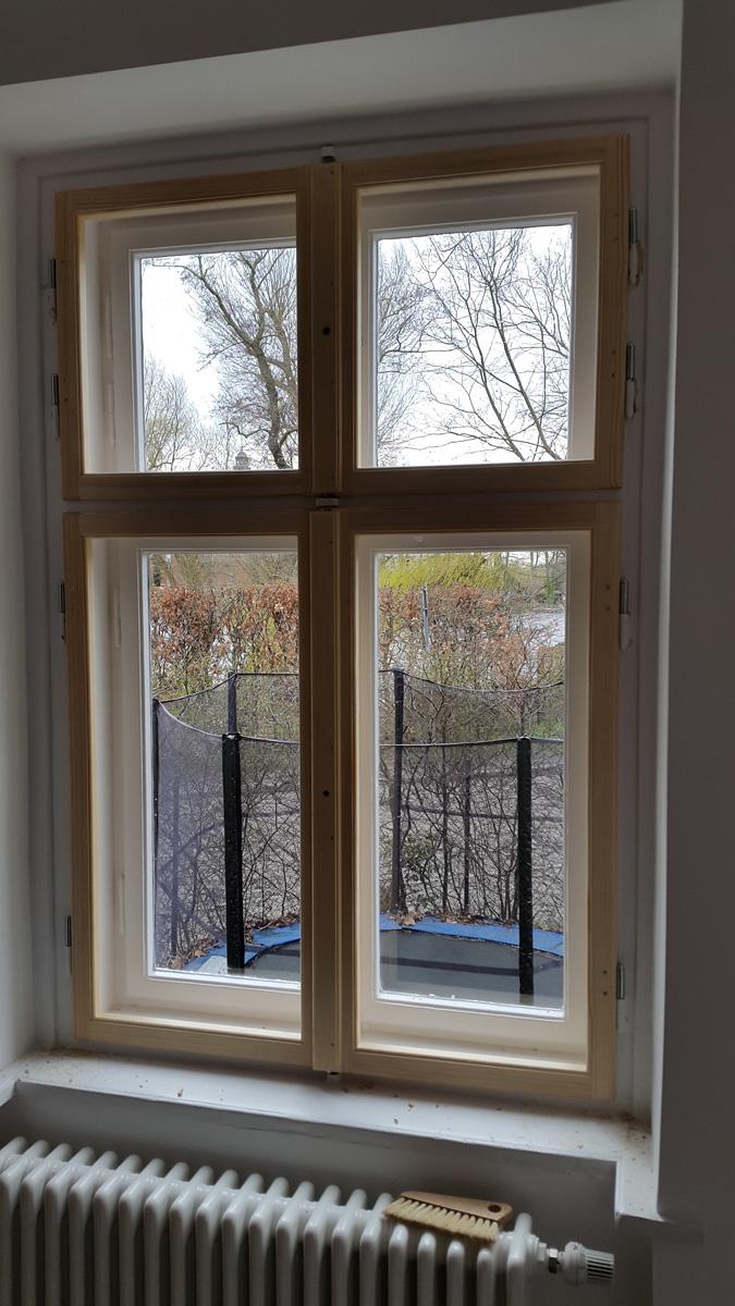 Fenster helles Holz